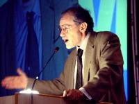 Attilio Mastrocinque, ordinario di Storia romana all'Università di Verona, alla tribuna del Terzo Congresso dell'associazione Coscioni.