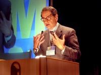 Jacopo Meldolesi (presidente nazionale Fisv, Professore Ordinario di Farmacologia al San Raffaele di Milano) al Terzo Congresso dell'associazione Cosc