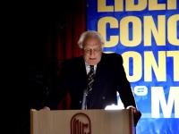 Marco Pannella alla tribuna del Terzo Congresso dell'Associazione Coscioni.