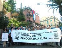 Manifestazione per la libertà, il diritto e la democrazia a Cuba, davanti all'ambasciata cubana, a sostegno di un congresso a L'Avana dei dissidenti c