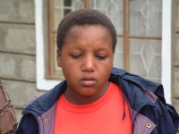 Una ragazza scampata al rito della mutilazione genitale (??????).