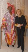 Emma Bonino e Khady Koita, all'asta di beneficenza al museo Pigorini, promossa dalla Bonino e da  Anna Fendi, a sostegno della campagna contro le muti