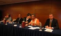 """Seconda commissione (""""Libertà religiosa e laicità"""") dell'assemblea postreferendaria """"Che fare?"""". Al tavolo: Michele Lembo (secondo da sinistra), Anton"""
