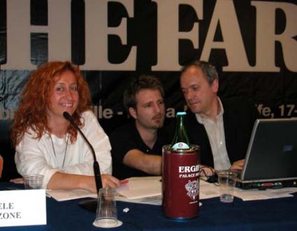 """Donatella Poretti (giornalista di Radio Radicale), Rocco Berardo e Gilberto Corbellini, nel corso dell'assemblea postreferendaria """"Che fare?""""."""