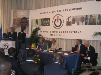Presentazione presso la sede di Torre Argentina, del rapporto 2005 sulla pena di morte. Alla tribuna: Pierferdinando Casini, presidente della Camera;