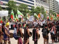 Manifestazione del popolo montagnards, in costumi indigeni, per la libertà e la democrazia in Vietnam.