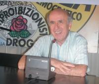 """Don Sandro Spriano (cappellano del carcere di Rebibbia) al convegno: """"Il carcere è fuori legge?"""", presso la sede di Torre Argentina."""