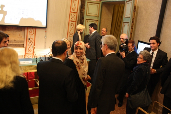 Tawakkol Karman con Mario Monti, Presidente del Consiglio